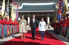 Dutch State Visit to South Korea, Day 1, November 3, 2014-King Willem-Alexander and Queen Maxima