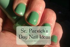 Get your nails ready for that St. Patrick's Day Party with 25 awesome nail designs. Make those nails smile Irish style. Green Nail Designs, Easter Nail Designs, Different Nail Designs, Diy Nail Designs, Nail Polish Designs, Pretty Nail Colors, Pretty Nails, Holiday Nails, Christmas Nails