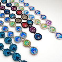 TheCurioCraftsRoom  Free Crochet Pattern  Peacock Eye Necklace Collier  Plume, Tricot Et Crochet, 4b8b3e94719