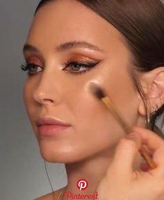 natural makeup for brown eyes . natural makeup for black women . natural makeup looks . natural makeup for blue eyes . natural makeup for green eyes Makeup Hacks, Makeup Inspo, Makeup Inspiration, Makeup Ideas, Makeup Trends, Hair Hacks, Makeup Geek, Makeup Remover, Makeup Brushes
