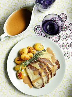 www.gr wp-content uploads 2014 03 mosxaraki-noua-me-patatakia. Greek Recipes, Wine Recipes, Weird Food, Lamb, Waffles, Recipies, Pork, Food And Drink, Beef