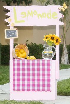 photoprop. lemonade stand.  child photography Copyright Jenni Tellers