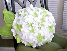 Almohadilla de la flor de fieltro (1) (700x533, 293Kb)