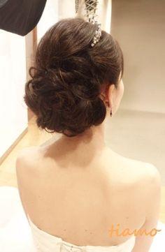ドレスから色打掛へと大変身の素敵な花嫁さま☆ |大人可愛いブライダルヘアメイク『tiamo』の結婚カタログ
