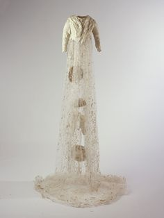 Susan Cutts Paper Sculpture: Select large image file of 'Cherish'