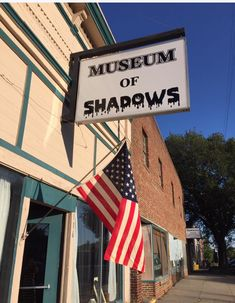 MUSEUM OF SHADOWS – Elmwood, 116 North 4th St. – 402.297.9632 – Wed-Sat 10am-5pm (last tour goes through at 4pm); Sun 12-5pm (last tour goes through at 3pm) This 127 year old building houses interesting, spooky artifacts, as well as unusual occurrences. Passport travelers receive a special gift.