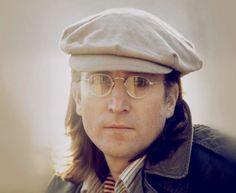 John #Lennon oder die Unsterblichkeit von Legenden in Sinnbildern. Er würde dieses Jahr im Oktober seinen 72. feiern. Sieht man ihm nicht an, oder?