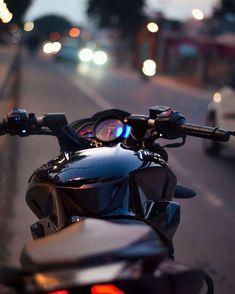 Ktm 200, Pulsar 200ns, Classic 350 Royal Enfield, Duke Bike, Ktm Duke, Moto Wallpapers, Royal Enfield Wallpapers, Bike Icon, Biker Photography