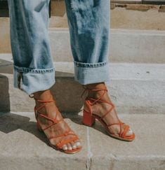 The perfect summer shoe- you can effortlessly dress them up or down. I've been drooling over these for about 2 years now. Suede Sandals, Suede Heels, Sandal Heels, Look Fashion, Womens Fashion, Looks Street Style, Inspiration Mode, Comfy Shoes, Me Too Shoes