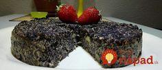 Výborný tip pre každého, kto si rád pochutná na sladkom dezerte bez výčitiek svedomia. Tento koláčik neobsahuje žiadnu múku ani cukor. Ak chcete, pokojne pridajte aj strúhaný kokos alebo iné obľúbené prísady. Je to delikatesa!