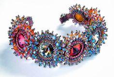 Wonderful beaded things by Laura Mc Cabe | Beads Magic