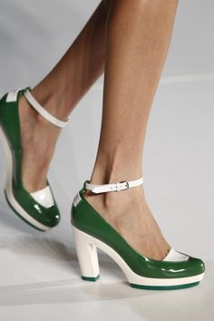 Marc Jacob heels  Love the new Marc Jacob store at Streets of Southpoint Durham NC