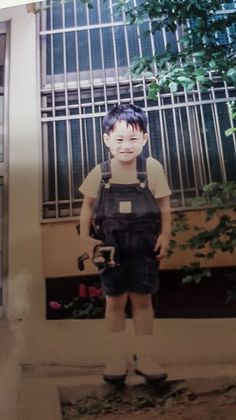 """"""" Dare Baekhyun and Kai: to release a new childhood photo and recreate it. Exo Kai, Exo Chanyeol, K Pop, Exo L Website, Hyuna Red, 5 Years With Exo, Rapper, Exo Lockscreen, Childhood Photos"""