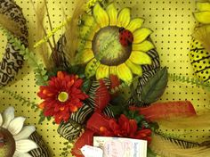 July/August-Sunflowers-wrapped wreath ex 1