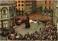 Old picture during the Easter feast in 1900s #Florence