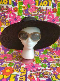 9fb453bc544 Vintage 1960s oversized Italian sunglasses mod space age 60s 70s bug eye  round sunnies smokey gray o