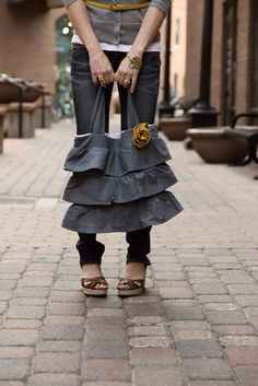 Great denim ruffle bag and advice on starting your own business on etsy.