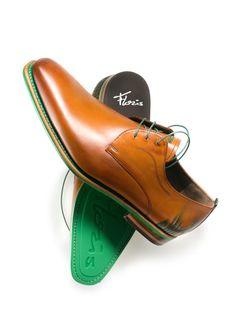 Floris van Bommel | grass | green | cognac (with matching belt!)
