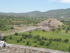Teotihuacan -by ljs2011
