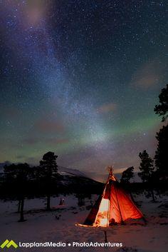 Auroras boreales y la Vía Láctea desde Suecia – El Universo Hoy