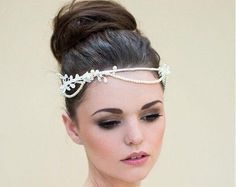 HY2015 Handmade Flowers Pearls Wedding Accessories Pageant Crowns Pricess Tiaras In Low Price Online with $3.15/Piece on Promdresscom's Store | DHgate.com