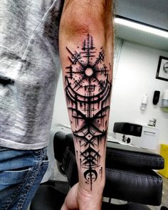 "Motif ""trash Nordic"" by Viking Tattoo Sleeve, Viking Tattoo Symbol, Norse Tattoo, Celtic Tattoos, Viking Tattoos, Warrior Tattoos, Badass Tattoos, Tattoos For Guys, Cool Tattoos"