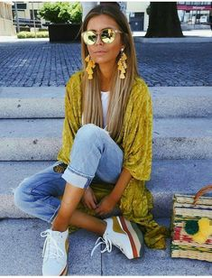 80 Lovely Outfit Ideas You Should Already Own #lovely #outfit #outfitideas #style Visit to see full collection