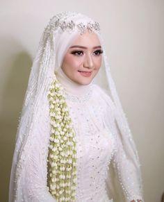 Inspired by - Barbie idup 😍😍😍😍😍 wedding dresses muslim wedding Muslim Wedding Gown, Hijabi Wedding, Wedding Hijab Styles, Kebaya Wedding, Muslimah Wedding Dress, Muslim Wedding Dresses, Wedding Gowns, Bridal Hijab, Hijab Bride