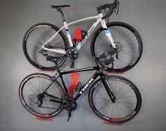 fahrrad in der wohnung aufh ngen google suche bikes indoors pinterest aufh ngen. Black Bedroom Furniture Sets. Home Design Ideas