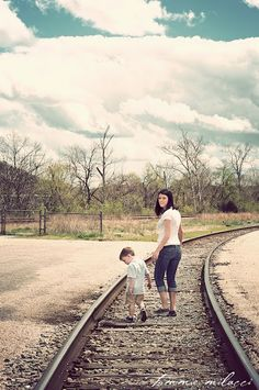Lynchburg photographer, Lynchburg photography, family, mom, mommy, railroad tracks, railroad, rr tracks, rrchildren, boy, kids, son, toddler, little boy, sunshine, sunflare, sun flare, stone wall, meadow