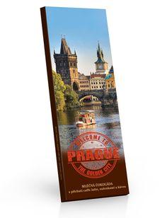 Mléčná čokoláda s příchutí caffe latte, sušenkami a kávou 225g s motivem Pražského hradu. City, Cards, Cities, Maps, Playing Cards