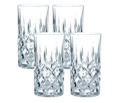 Du könntest in diesen Gläsern Lidl-Vodka für 3,99 Euro mit Aldi-Cola trinken und…
