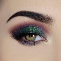 Make Up; Make Up Looks; Make Up Augen; Make Up Prom;Make Up Face; Purple Eye Makeup, Makeup Eye Looks, Smokey Eye Makeup, Eyeshadow Makeup, Eyeshadow Palette, Lip Makeup, Prom Makeup, Purple Eyeshadow, Hazel Eye Makeup