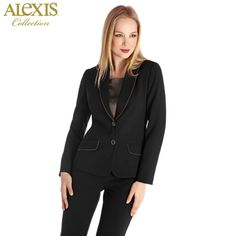 ¡Alexis, perfecta en la oficina!