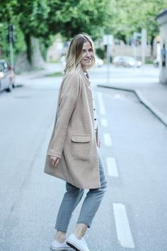 tifmys – Forever 21 coat, Zara striped shirt, Massimo Dutti pants & Converse Chucks.