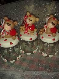 Resultado de imagen para llaveros de amor en masa flexible Glass Flask, Glass Jars, Fimo Clay, Polymer Clay Art, Christmas Projects, Fun Projects, Saint Valentine, Valentines, Clay Crafts