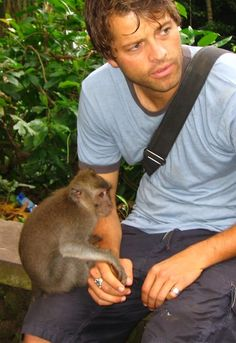 Misha Collins with a monkey! Awww! I wonder if this was the inspiration for him to have the sock monkey for his foundation...