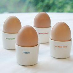 Cuisinier Aide Blanc 4 Pièces De Coquetier En Plastique Plastic Egg Set