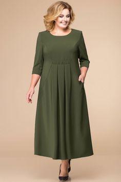 Платье Romanovich style - is-sit tiegħi Big Size Fashion, Plus Size Fashion For Women, Plus Size Maxi Dresses, Plus Size Outfits, Linen Dresses, Dress Patterns, Blouse Designs, Designer Dresses, Fashion Dresses
