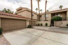 Incredible 2BR La Quinta Condo w/Wifi, Private Patio & Access to Multiple Community Pools! Close to Golf, Tennis, Skiing, Shopping at El Paseo & More! #travel #california