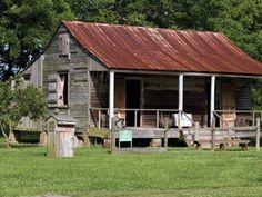 Laura: A Creole Plantation - Louisiana - a cabin on the grounds of Laura Plantation