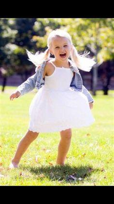 baby jojo Abby Lee Miller, Toddler Fashion, Girl Fashion, Jojo Juice, Sparkly Makeup, Jojo Siwa Bows, Dance Mums, Dance Moms Girls, Dancing Baby