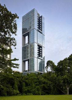 Designed to reinterpret high-rise urban tropical living, Anguilla Park is a 36-storey tower containing 54 residential units over 35 stories, with two extensi...