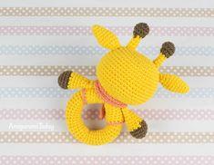 Free giraffe baby rattle crochet pattern