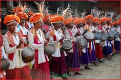 The Kudubis have, even after shifting their base to Karnataka from Goa, have continued to celebrate their traditional festival, 'Holi' Holi Dance, Karnataka, Goa, Base, Traditional, Celebrities, Color, Celebs, Colour