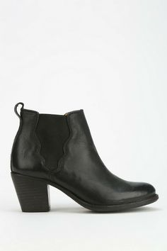 Frye Jackie Ankle Boot #urbanoutfitters