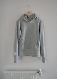 hoodie pattern---this would be awesome to learn how to make...