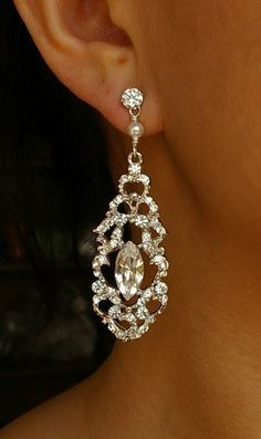 Vintage Wedding Bridal Earrings Rhinestone by luxedeluxe on Etsy Love these!!!