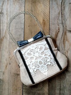 Linen and Lace Bow Clutch~precious