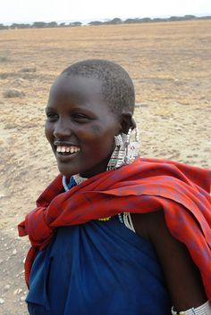 MASSAI GIRL. Tanzania